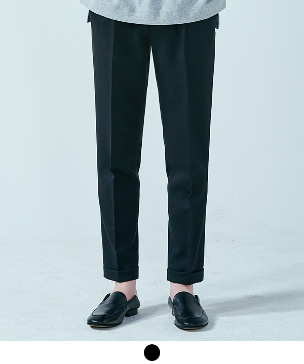 [10월27일 예약발송] Onetuck Regular Slacks Black